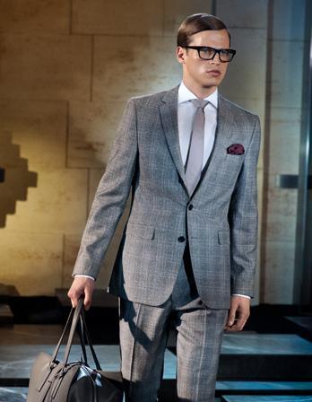 3cfc7fc1f7be9 garnitur w paski, Alhen Topaz Suit, Kolekcja Hugo Boss Jesień/Zima 2010, w  kratę