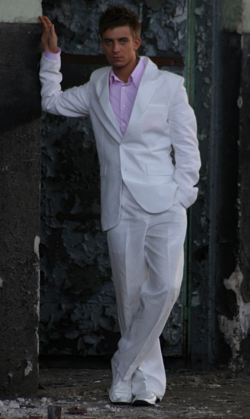 bf1c012c994a4 Próchnik, linia business, M&M Suits Lininen White Suit, garnitur lniany ...