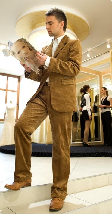 3af3b07704ddd ... M&M Suits Cappucino Cord Suit, garnitur ze sztruksu